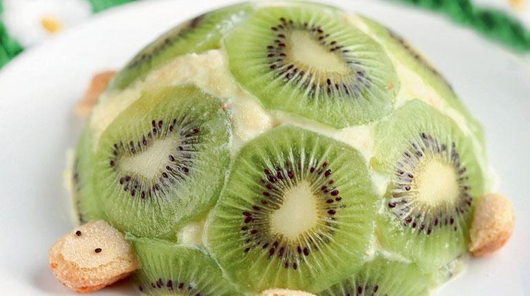 Dessert facile : la tortue pomme-kiwi. Photos: Raphaële Vidaling